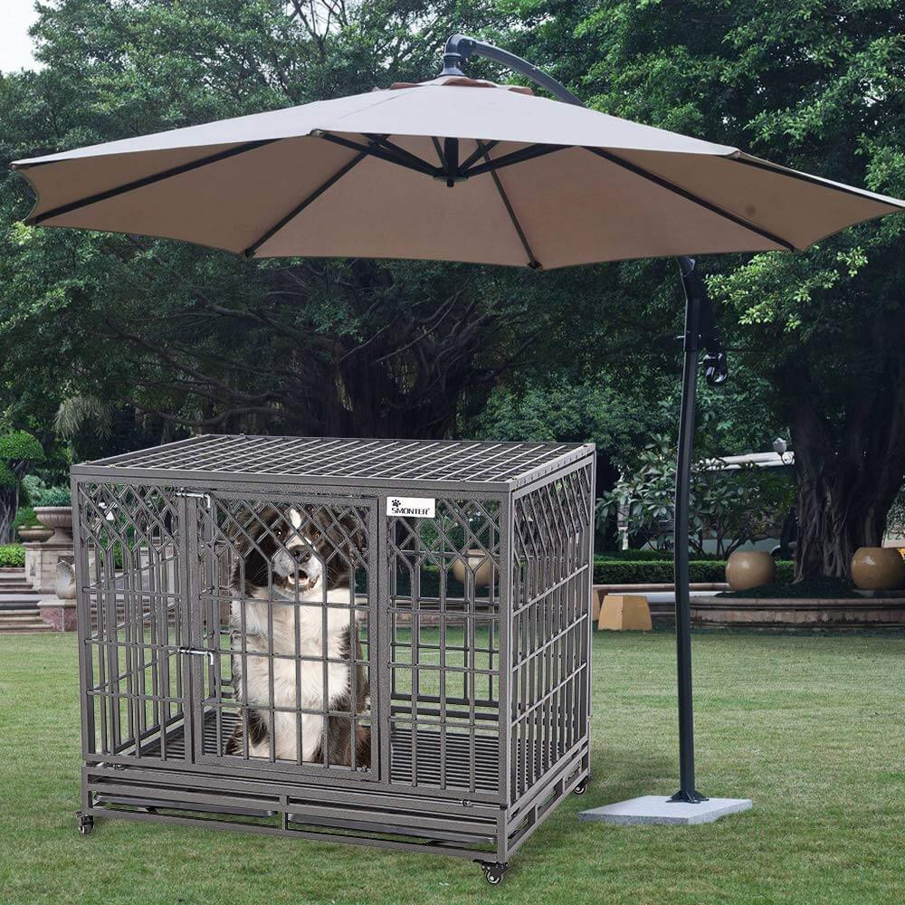 SMONTER Heavy Duty Dog Crate Outside